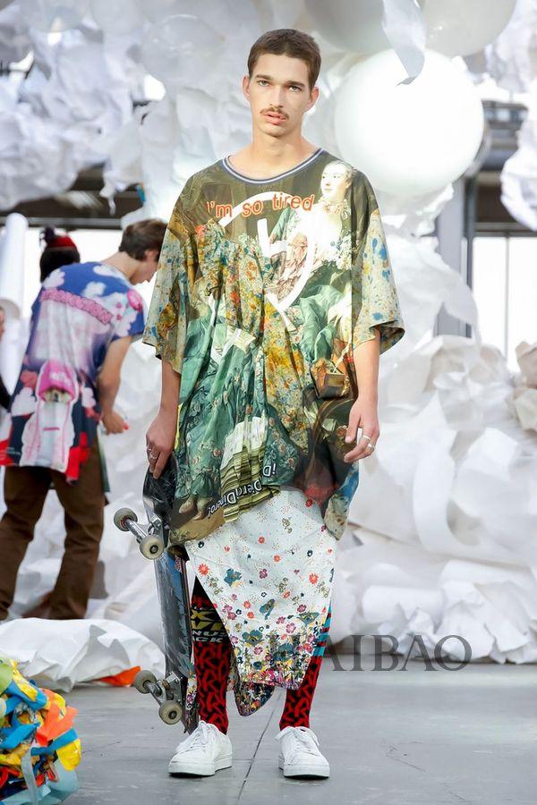 创意和想象枝繁叶茂 Vivienne Westwood 2019春夏女装秀