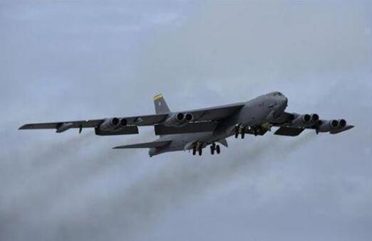 """美方B-52轰炸机再到南海""""例行训练""""  被批口是心非言行不一"""