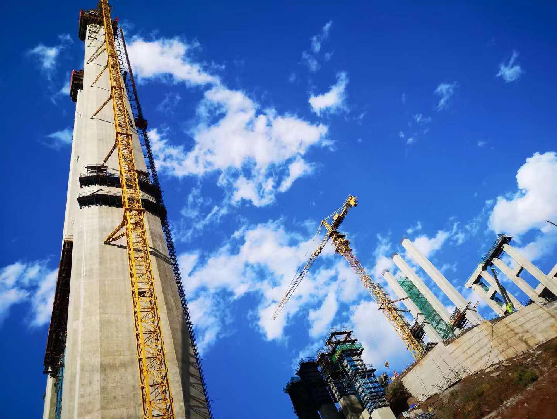 当代中国奇迹之旅走进金安金沙江大桥 见证主塔封顶现场