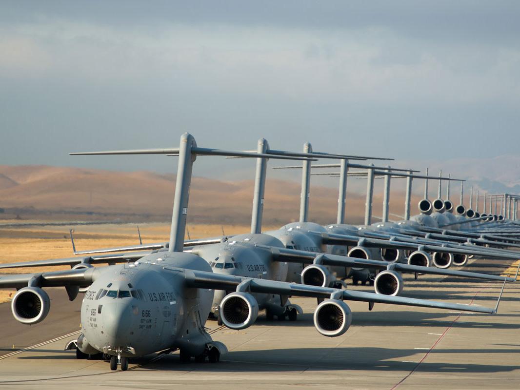 最新曝光!美军科幻新型大型运输机 飞翼式设计颠覆传统运理念