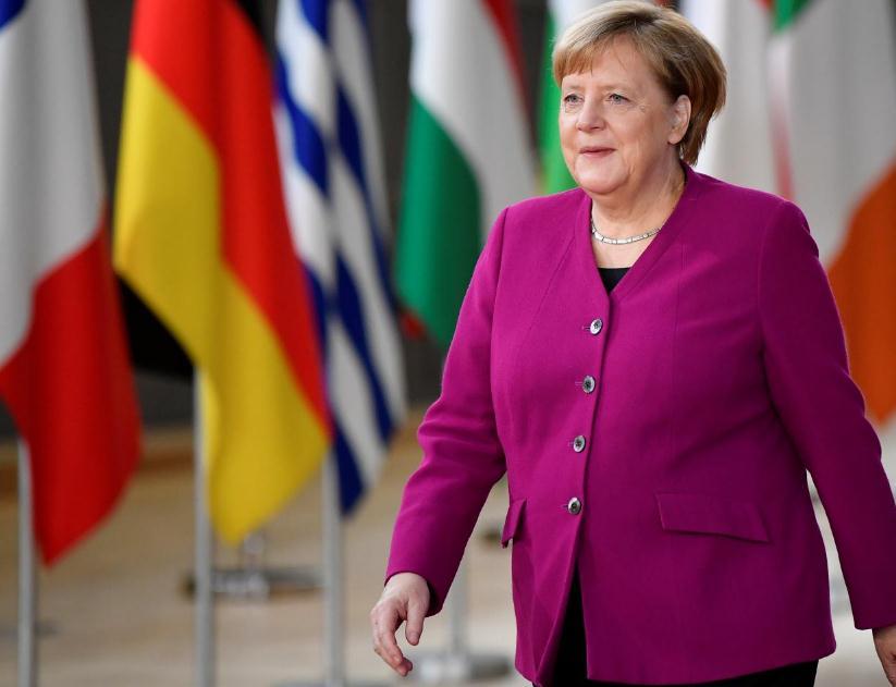 默克尔:亚欧国家已聚集起来致力推进自由贸易 这是重要信号
