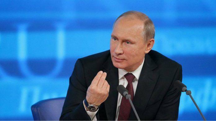 克里米亚校园惨案致21死 普京:这种悲剧始于美国