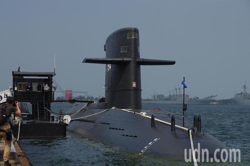 """台""""潜舰自造""""商源果真有问题?台海军终于出面回应了"""