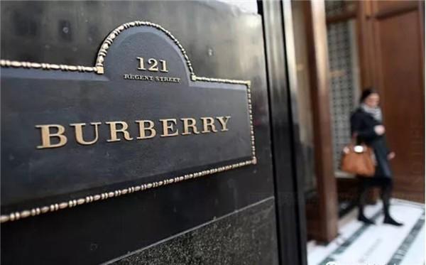 """Burberry加入""""快时尚""""行列 迎合毫无忠诚度的千禧一代"""