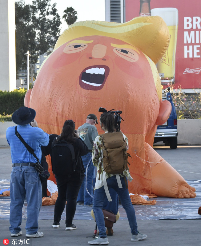 """美国加州将举行政治集会 """"特朗普""""巨婴抢先亮相"""