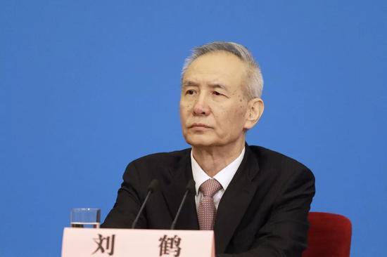 刘鹤回应经济金融热点问题 透露哪些重要信息?