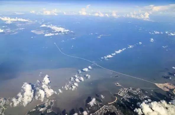 港珠澳大桥正式通车 最全攻略+震撼全景世纪工程