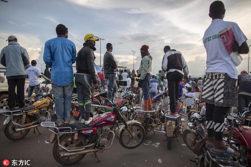 摩托车出行风靡喀麦隆 中国产摩托车成首选