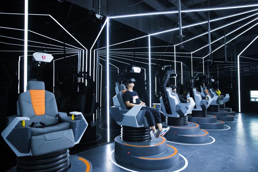 世界VR产业大会 学界热议VR产业发展找到落地大门