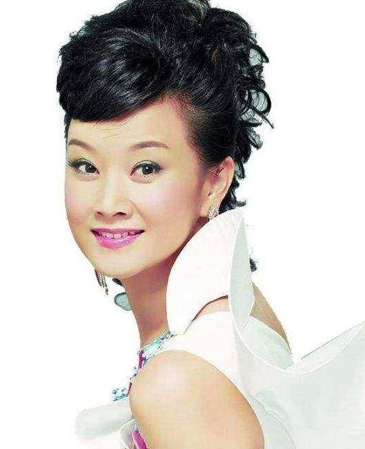 盘点娱乐圈少数民族十大最美女明星,佟丽娅上榜第一名你想不到