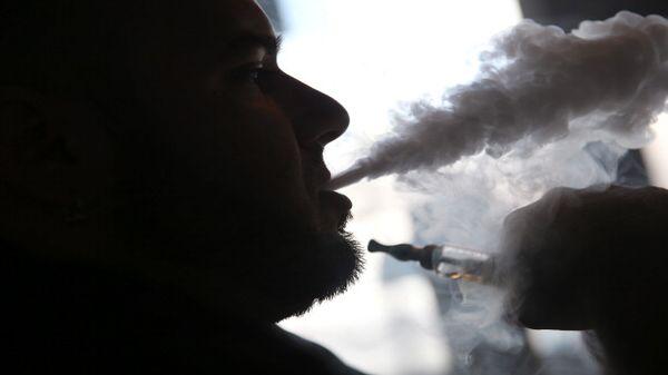 美国欲限制电子烟销售 防止对未成年人健康危害