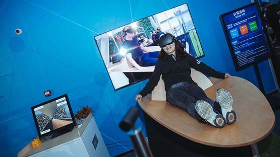 【道听图说】世界VR产业大会 走进虚拟世界