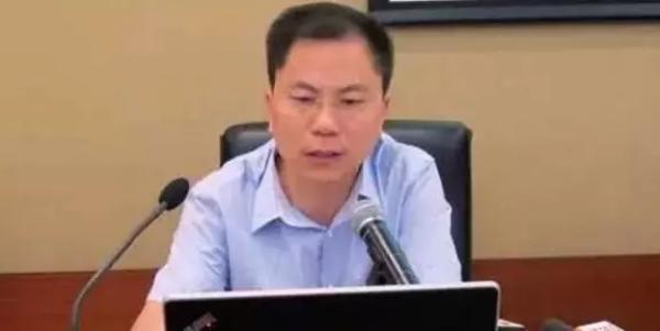 合肥轨道公司原副总经理张思源涉受贿受审,当庭否认部分指控