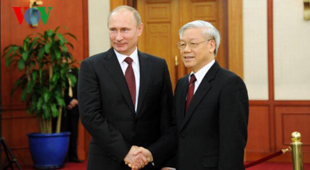 俄罗斯总统普京祝贺阮富仲当选越南国家主席