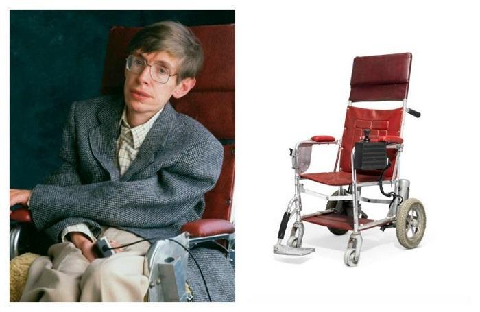 霍金早年使用过的电动轮椅 将在佳士得挂牌拍卖