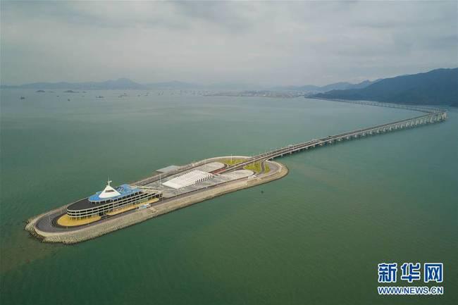 航拍港珠澳大桥香港段(组图)