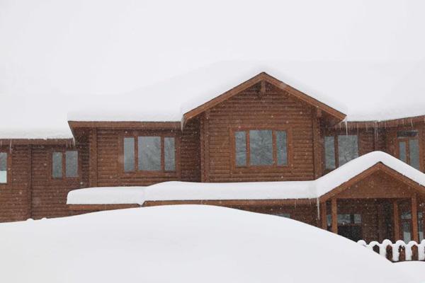 """新疆阿勒泰""""霜降""""节气迎强降雪"""