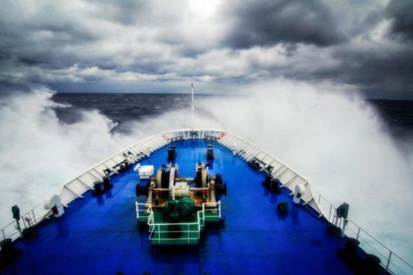 远洋航天测量船远望3号船的一路风景