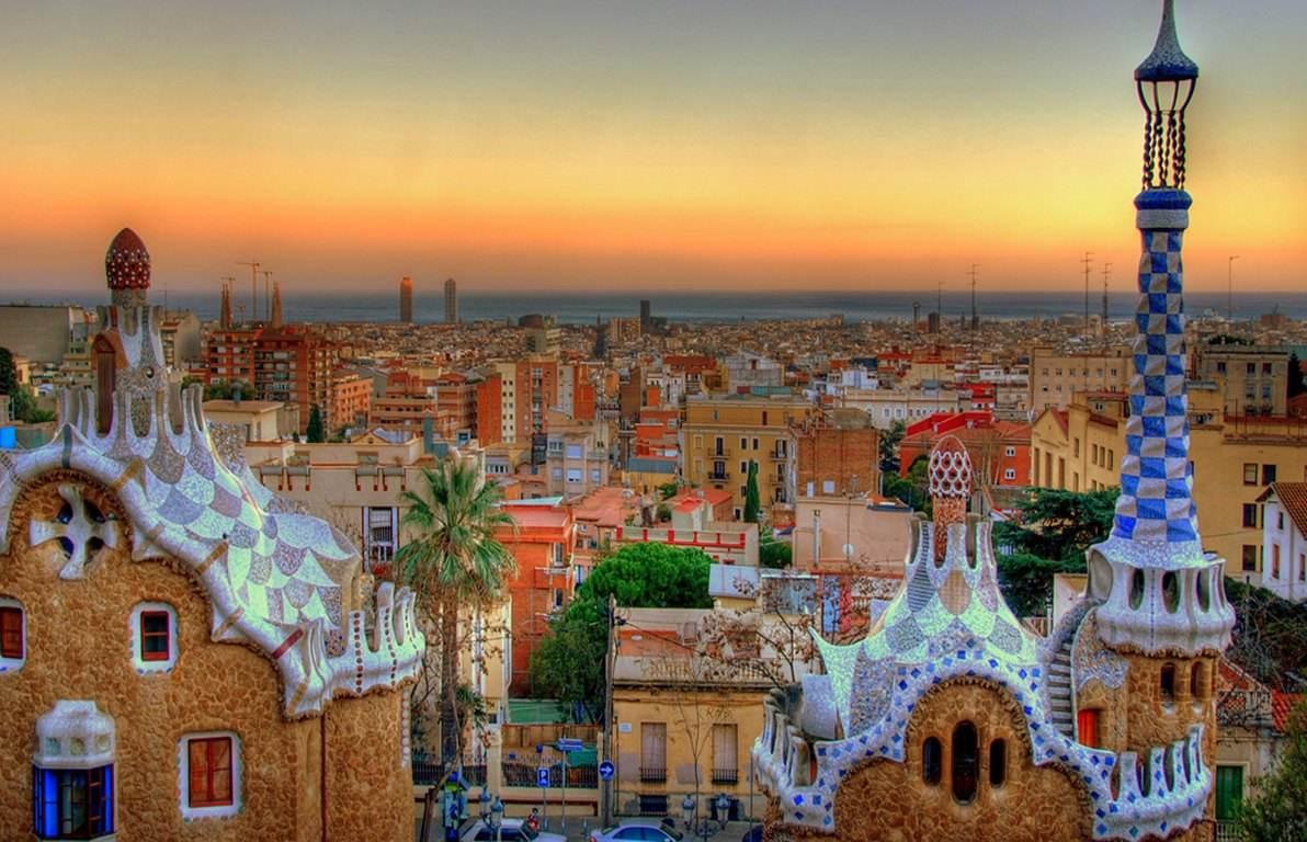 """西班牙:""""成千上万企业靠旅游,哪能说是公害?"""""""