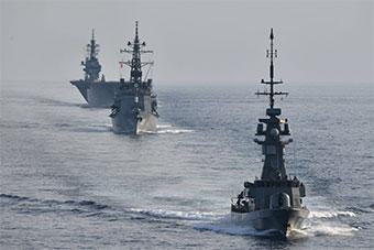 日本准航母领衔三军舰离开新加坡 将访问南亚