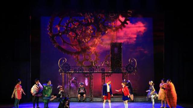 中国儿艺三台现实题材剧目将分别亮相舞台
