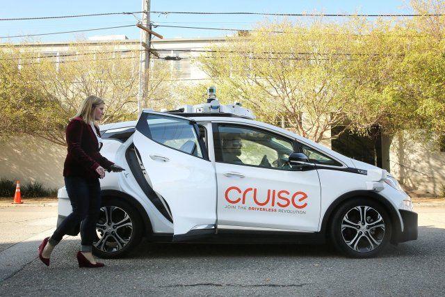 传通用自动驾驶汽车研发遇阻 无法精准检测行人