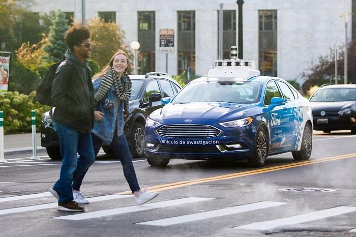 """自动驾驶汽车的""""电车难题"""":缺少通用道德准则"""