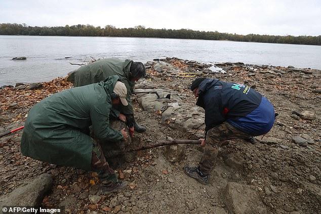 多瑙河水位创新低 16世纪宝藏揭开神秘面纱