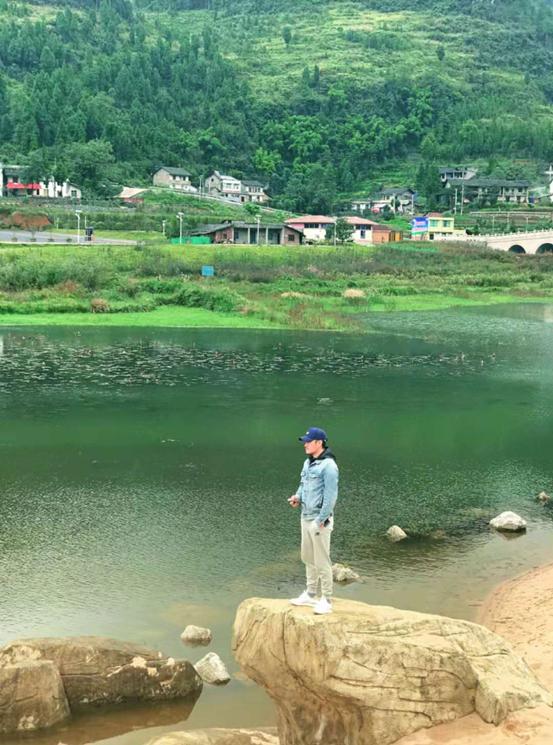 电影《我的英雄》唯美场景曝光 导演樊昊仑车祸