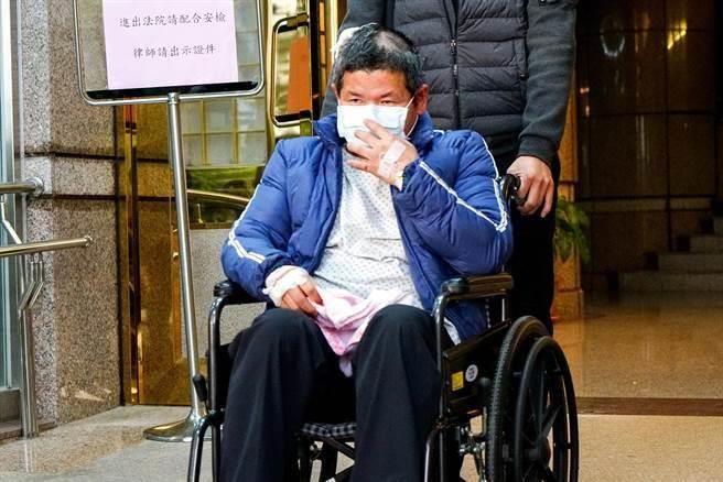 普悠玛司机遭违法揭露吸毒 学者:台当局为卸责逼基层去死