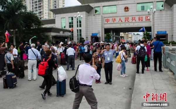 中越边境跨境旅游大热 人数逐年攀升