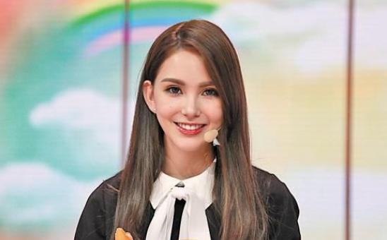 15岁出道,22岁嫁给天王,如今孩子查出遗传病,她的做法让人称赞