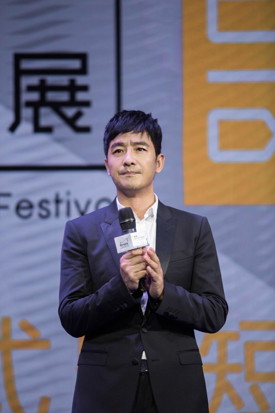郭晓东出席重庆青年电影展闭幕式  发声鼓励青年电影人