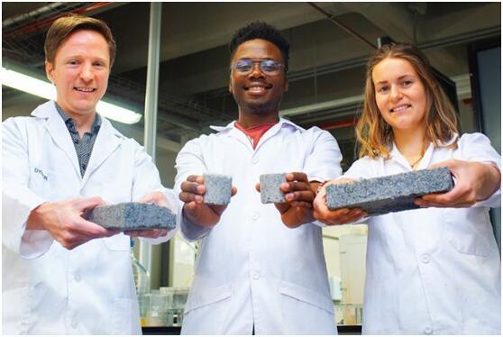 南非团队用尿液制造生物砖 让建筑物越老越坚固