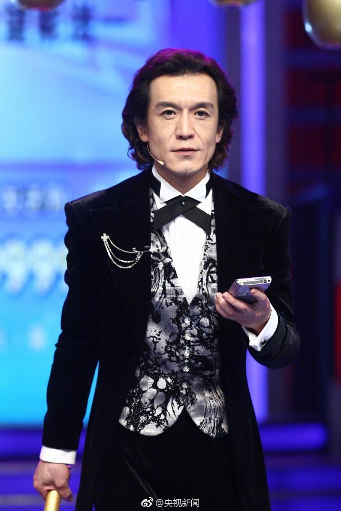 冯小刚回忆与李咏过往 发文悼念:痛心!