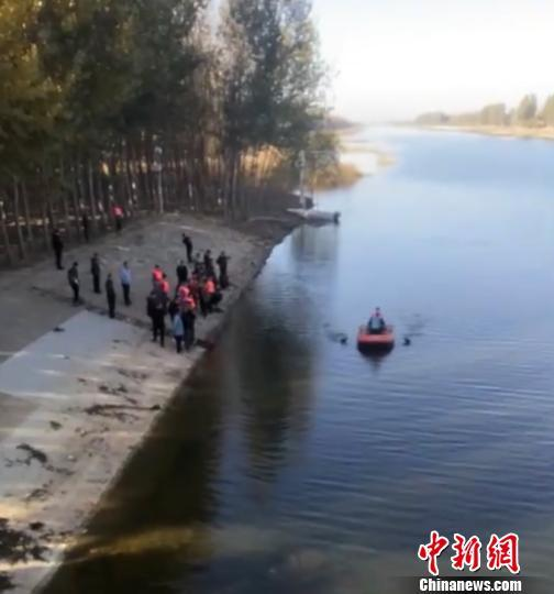 河北霸州3男子在文安县捕鱼溺亡