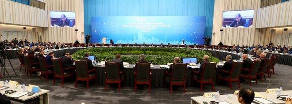 """诺华用全球经验助力上海发展,""""健康上海""""成为热点议题"""