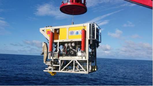 沈阳造海星下潜6000米 创造我国ROV最大潜深纪录