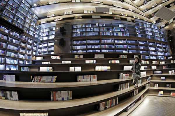 全球最美书店落户贵阳!独具贵州风格的隧道设计