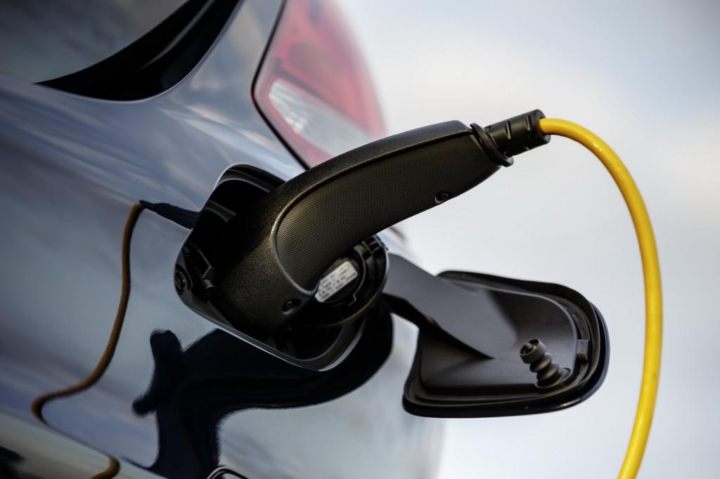 奥地利宣布激励措施 放宽电动汽车限速规定
