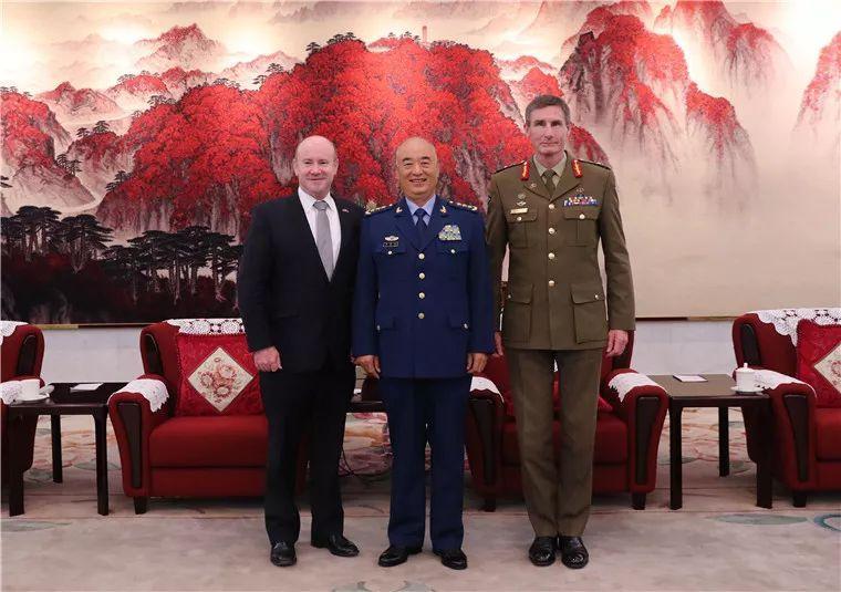 许其亮会见澳大利亚国防军司令和国防部秘书长