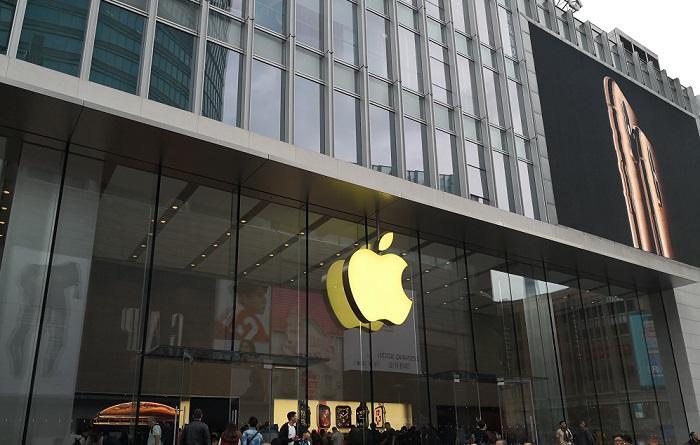 苹果前CEO谈库克:把iPhone做成了奢侈品