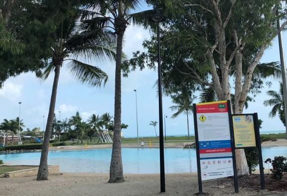 中国父子在澳溺亡细节:父亲不会游泳 其妻在附近