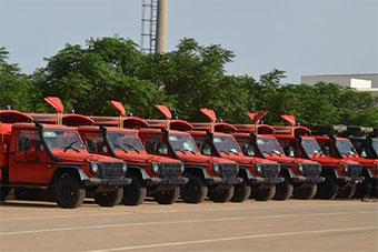 阿尔及利亚装备800多辆新军车 一水儿奔驰