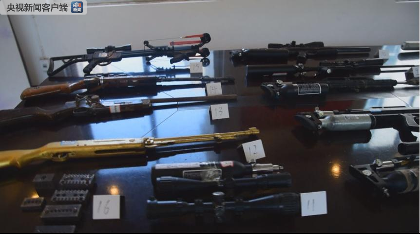 湖南津市特大跨省贩枪网络案告破 缴获枪支22支