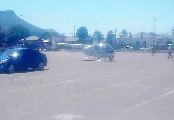 南非飞行警员将直升机降落快餐店外买餐被调查