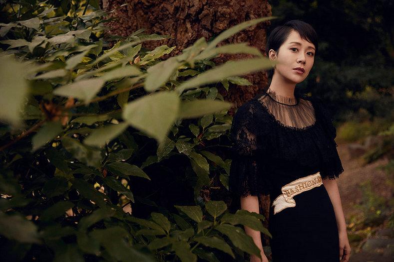 海清森林写真演绎秋日优雅