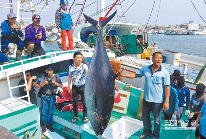 台湾渔民将发动史上最大规模抗争 抗议台当局护渔不力