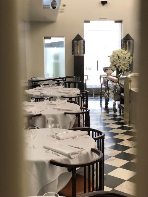 美媒:美中餐馆被评太贵 老板:昂贵很重要