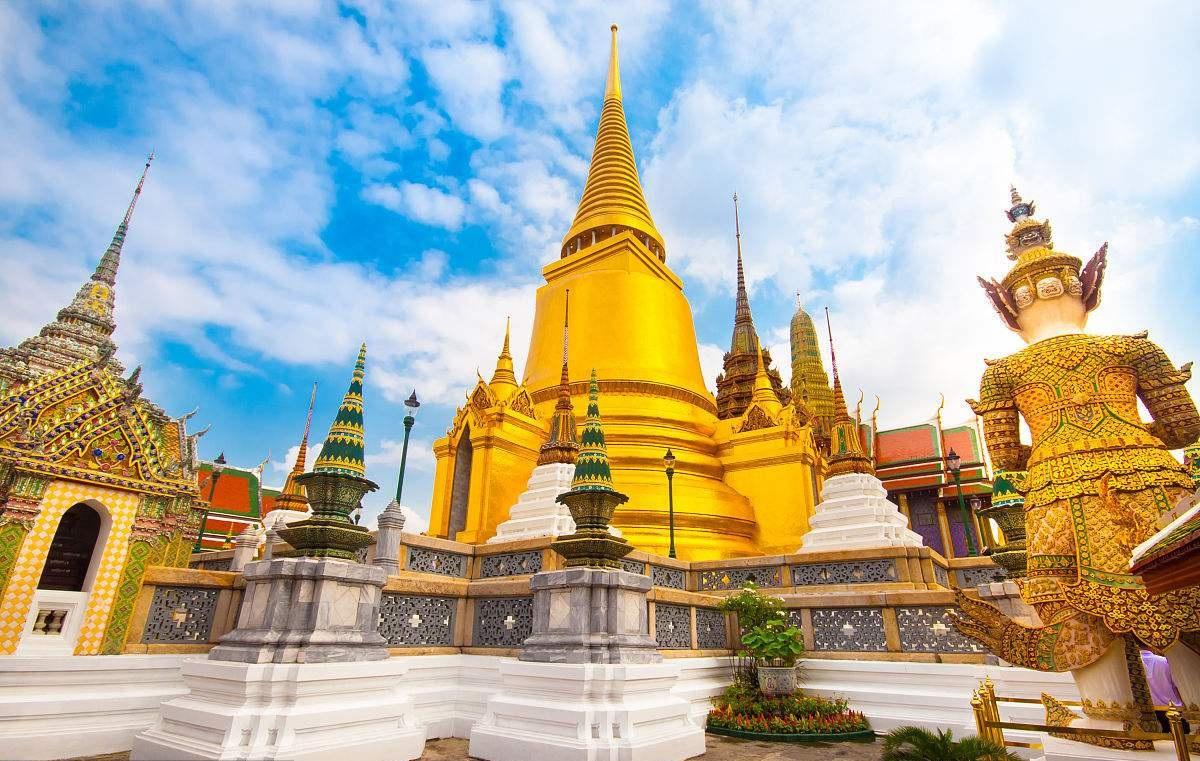 泰国国家旅游局局长:拟近期对中国游客等实行免落地签证费措施